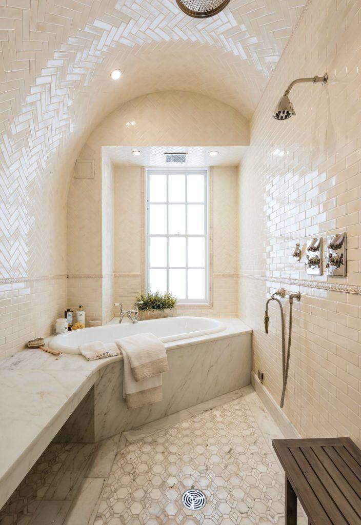 Построим спа зону в ванной в квартире
